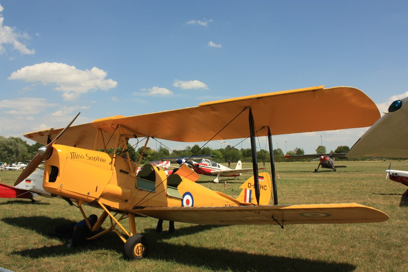de Havilland DH.82 Tiger Moth (1931–1944)